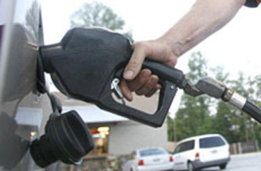 Gas prices dip again