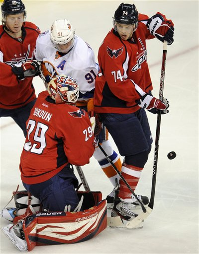 Preview: Caps look for second straight on the road
