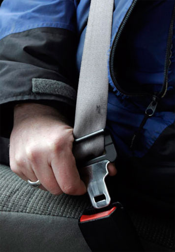 Md. lawmakers push seat belts for all passengers