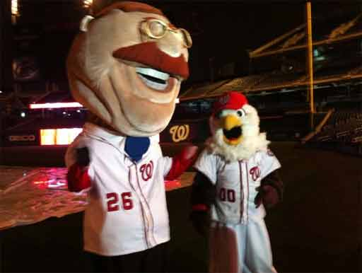 Washington Nationals' Racing Presidents face off against Pittsburgh Pirates Pierogies (Video)