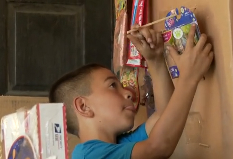 Boy's cardboard arcade about to pay for college (VIDEO)