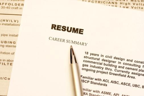 Survey: Majority of workers plan to job hunt in 2014
