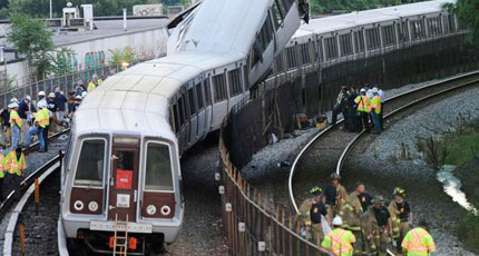 District remembers Metro crash victims 3 years later