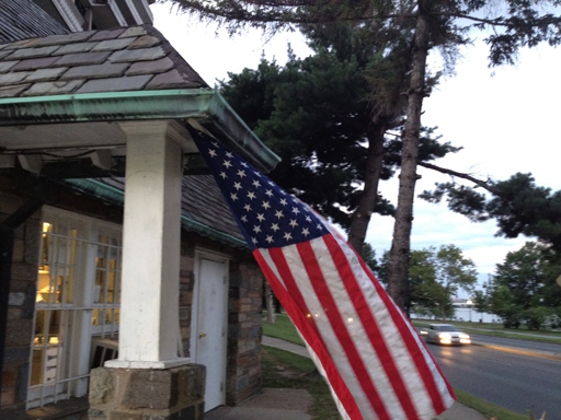 Etiquette to follow on Flag Day and any day