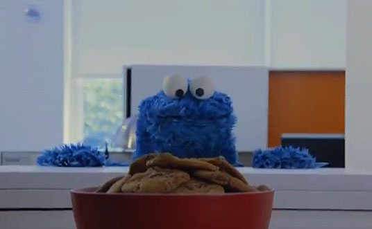 Cookie Monster covers 'Call Me Maybe' in cookie parody (VIDEO)