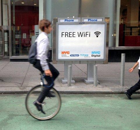NYC pay phone kiosks get free Wi-Fi
