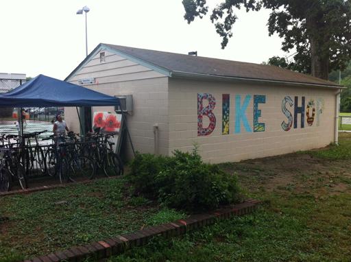 Phoenix Bikes: Volunteers, kids refurbish and repair bicycles