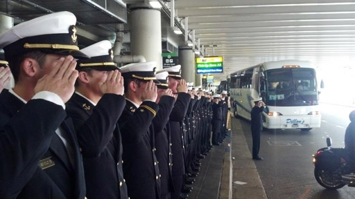Navy lacrosse team salute to WWII vets goes viral