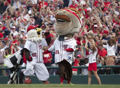 Teddy victorious in Nats' Presidents Race