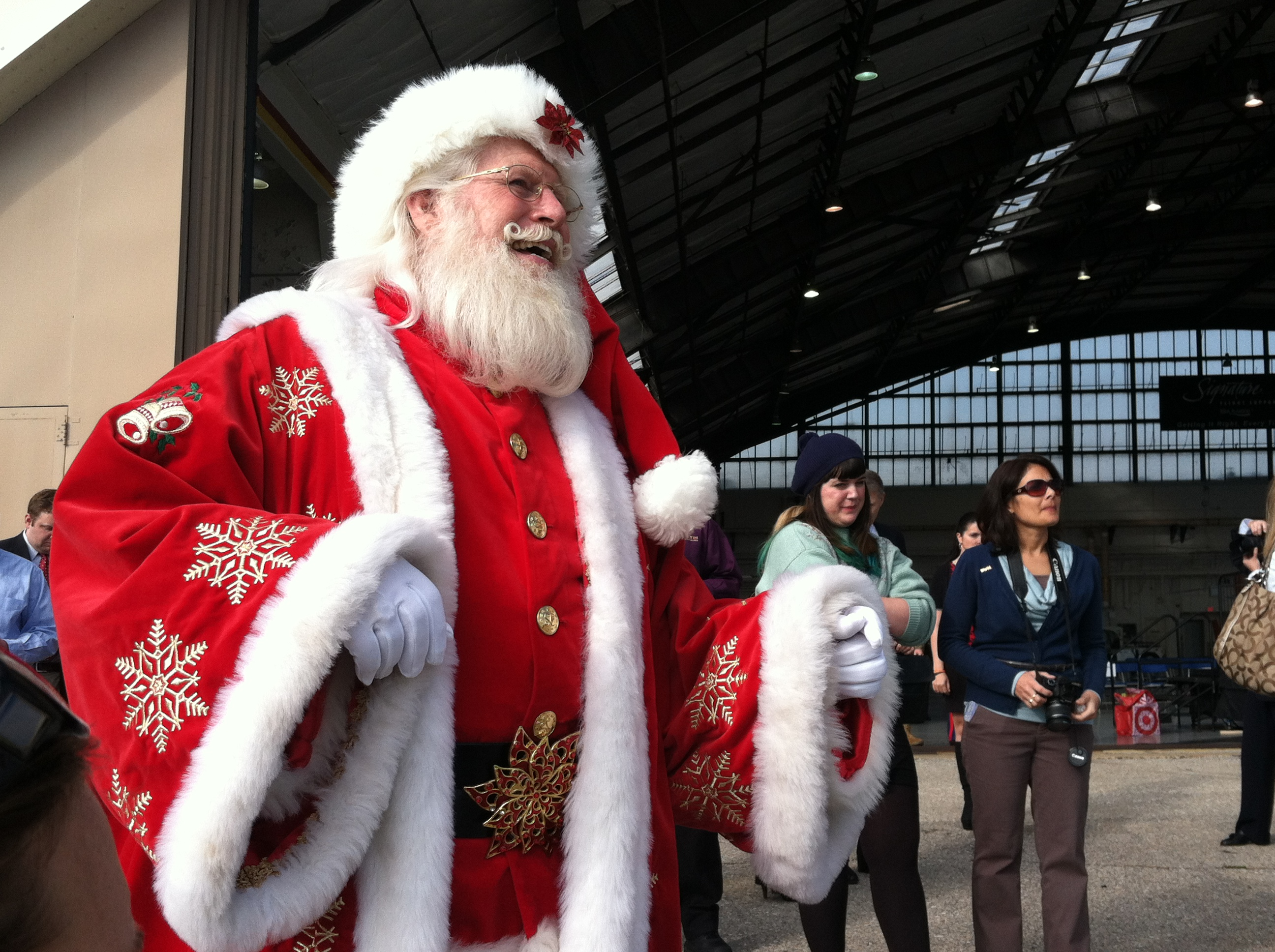 The Blue Angels deliver toys to Sandy victims, kids