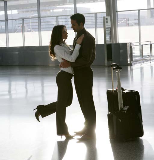 Dating website helps travelers fall in love at airports