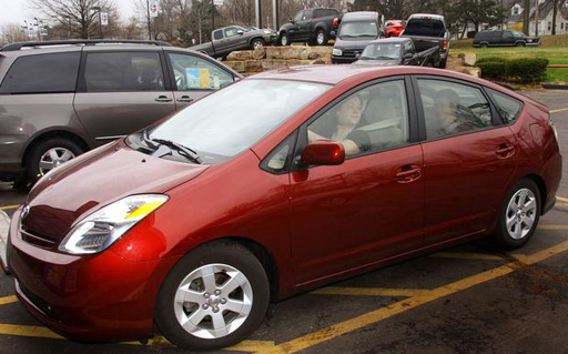 Proposal would make hybrid and electric cars noisier