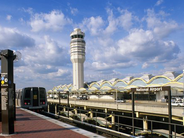 Tips for traveling by train or plane on Inauguration Day