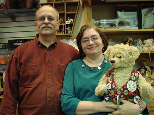 Beloved Arlington teddy bear shop to close after 15 years