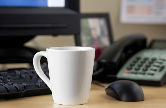 Twenty Percent Of Mugs At Work Contain Bacteria The Culprit Office Sponge Thinkstock