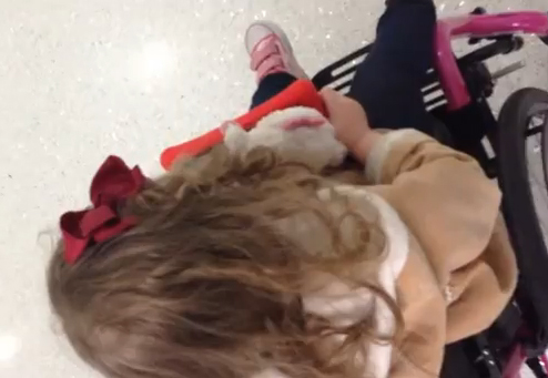 TSA apologizes to family of detained disabled girl, 3 (VIDEO)
