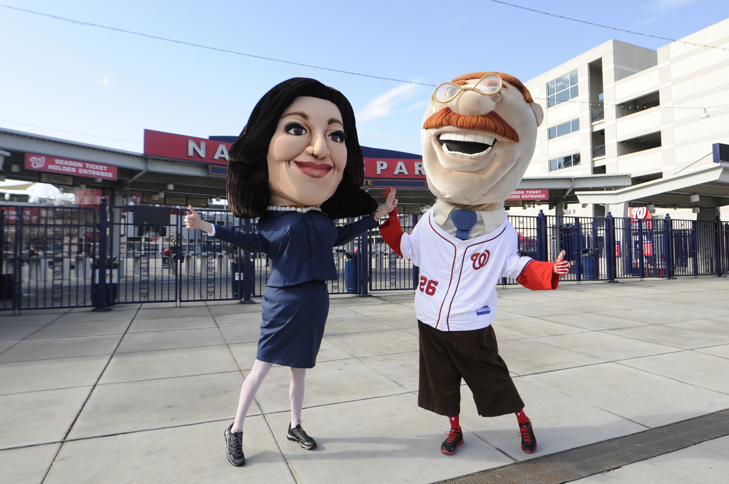 'Veep' races the presidents at Nationals Park