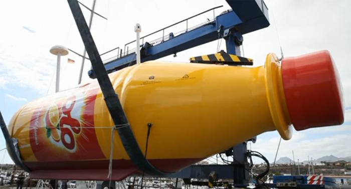 Soft drink stunt floats giant bottle in Atlantic Ocean (VIDEO)