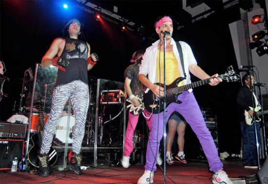Get retro: Fab Faux, Legwarmers spice up music scene (Video)