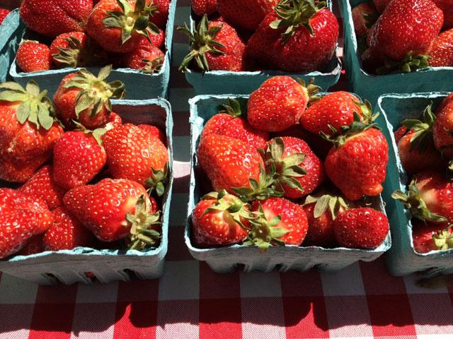 Farmers market strawberries: Better for your health, better tasting