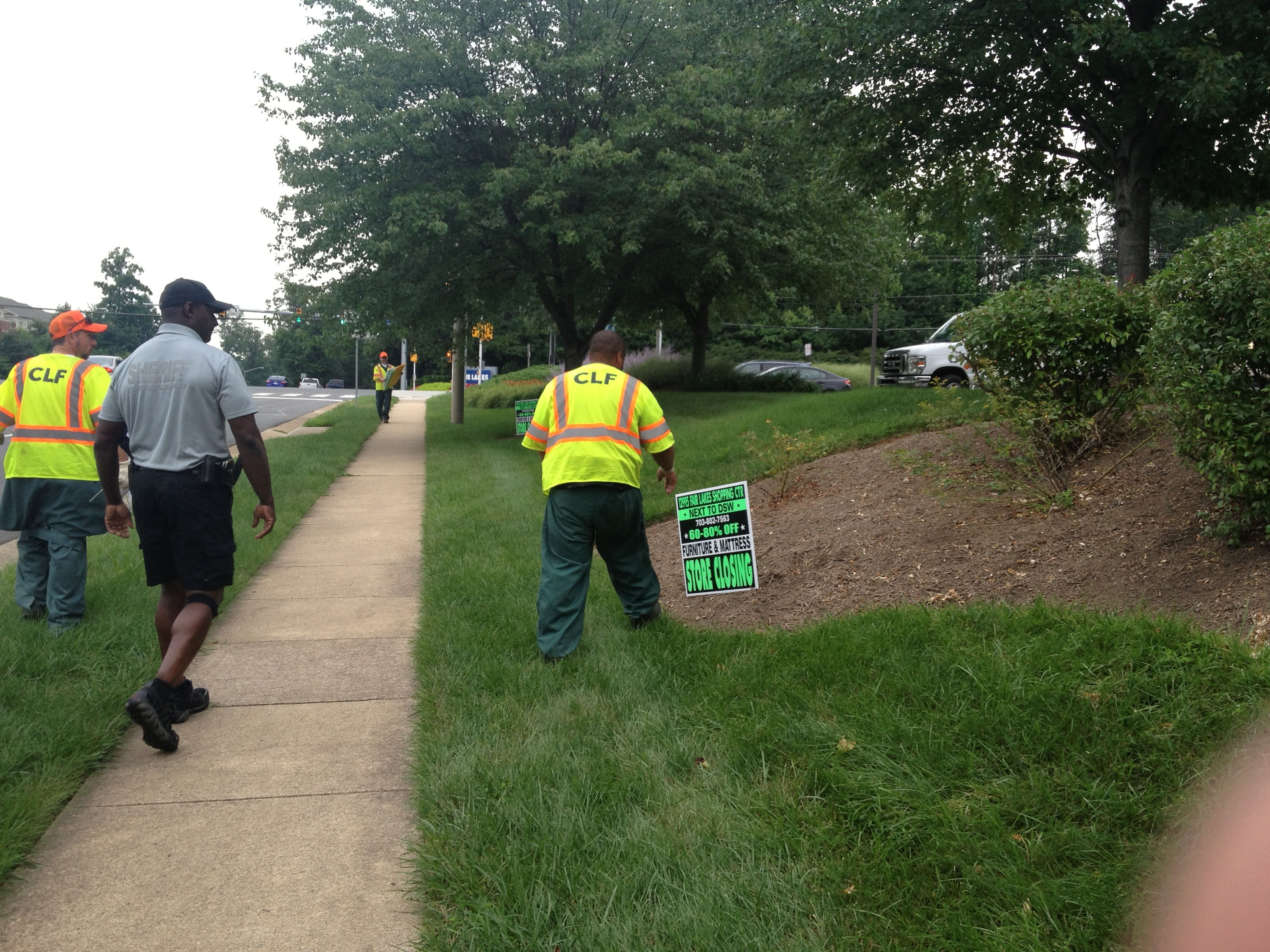 Roadside sign ban in Fairfax County leads to clean-up
