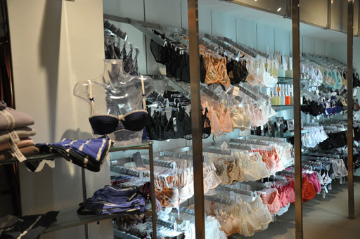 No dirty secret: 80 percent of women wear wrong bra size