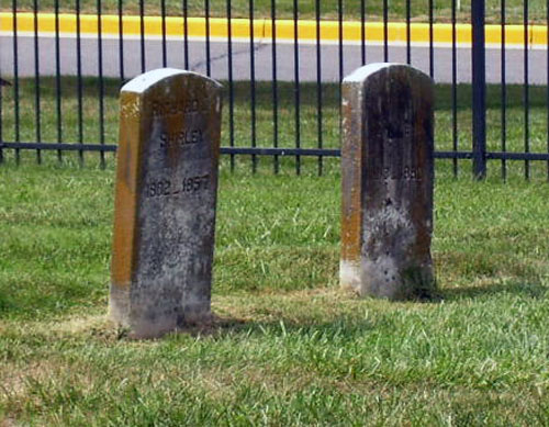 Small cemetery sits in local shopping center