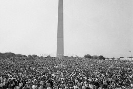 Mass of demonstrators leave the Washington Monument, background, for the March on Washington parade to the Lincoln Memorial, Aug. 28, 1963. (AP Photo)