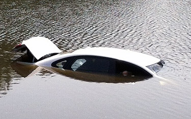 Texting and driving lands Md. woman in lake