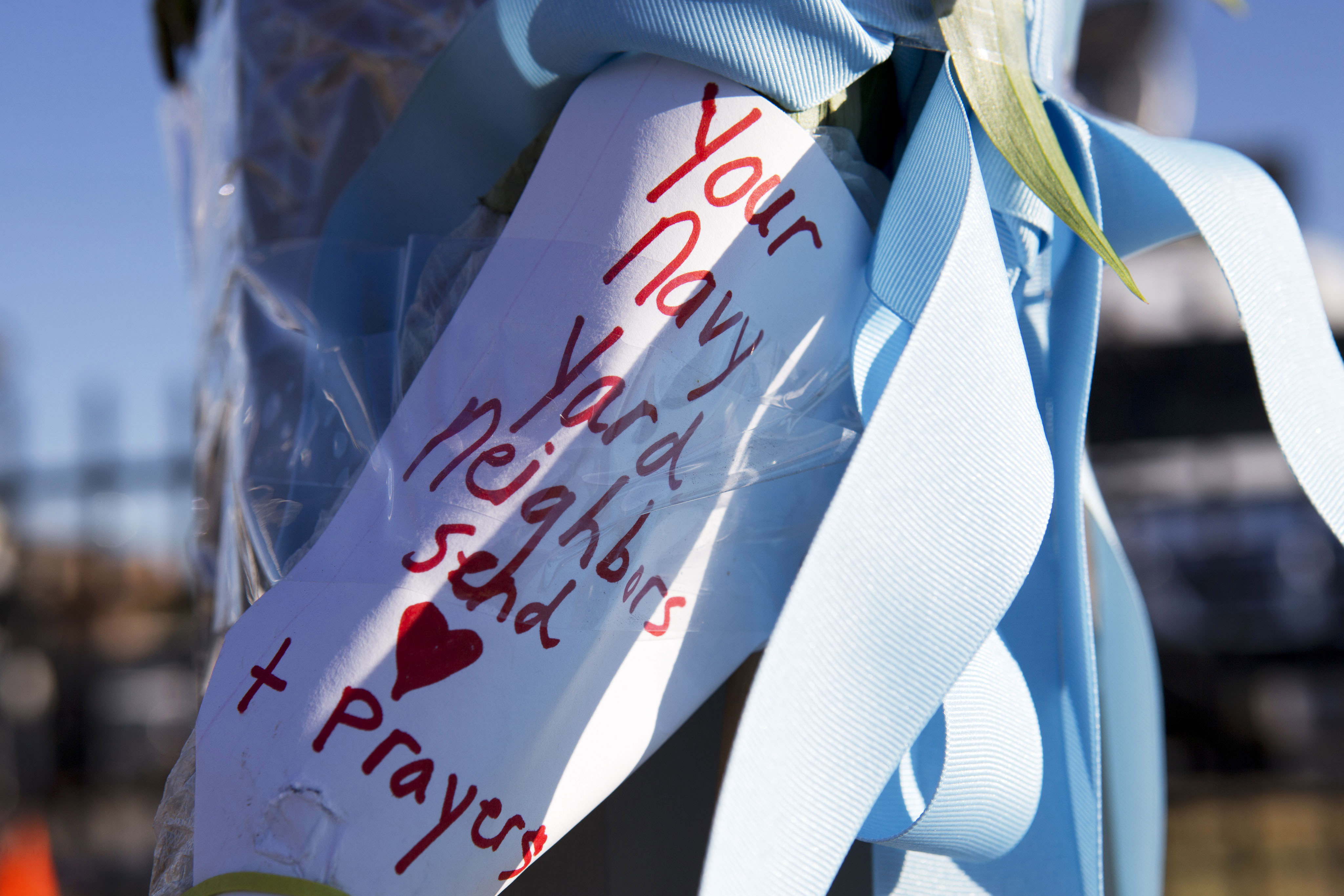 Judge: Negligence lawsuit can continue in Navy Yard shooting