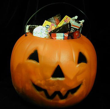 Tips to keep trick-or-treaters safe on local roadways