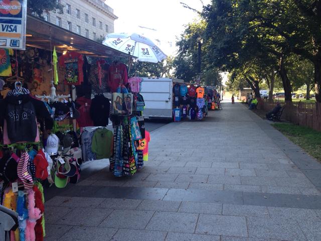 Food trucks, street vendors hard hit by shutdown