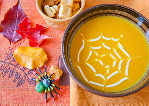 Tips from a dietitian: How to have a fearless Halloween