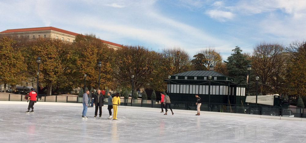 Ice rink at National Gallery of Art opens for season