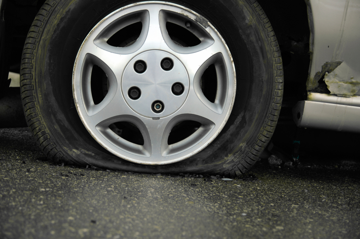 Winter S Cold Can Leave Drivers Stranded With A Flat Wtop