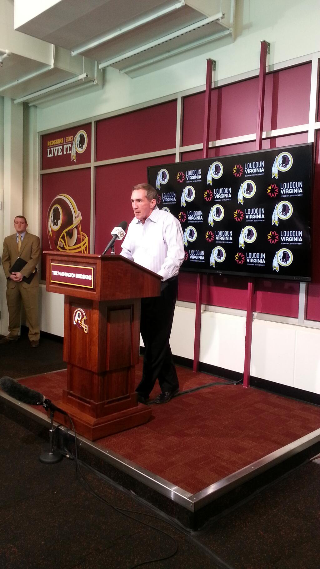Mike Shanahan fired as Redskins coach