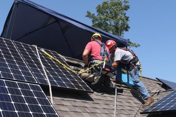 Solar power lights up D.C. communities