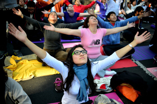 Yoga boosts mood, vitality in breast cancer survivors