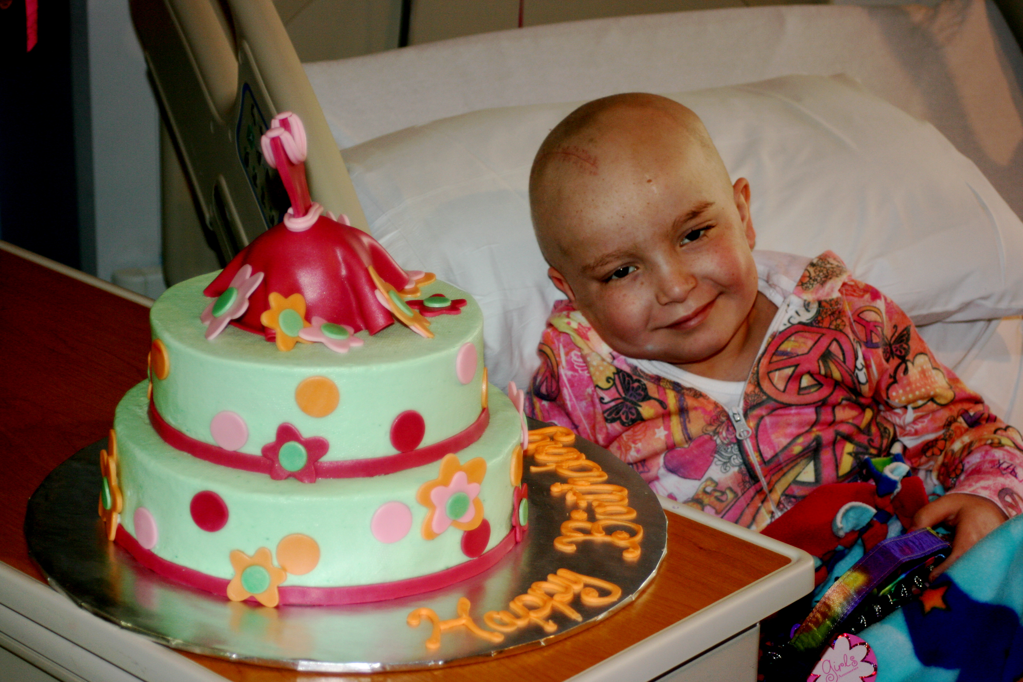 Spreading smiles to sick and siblings, 1 cake at a time