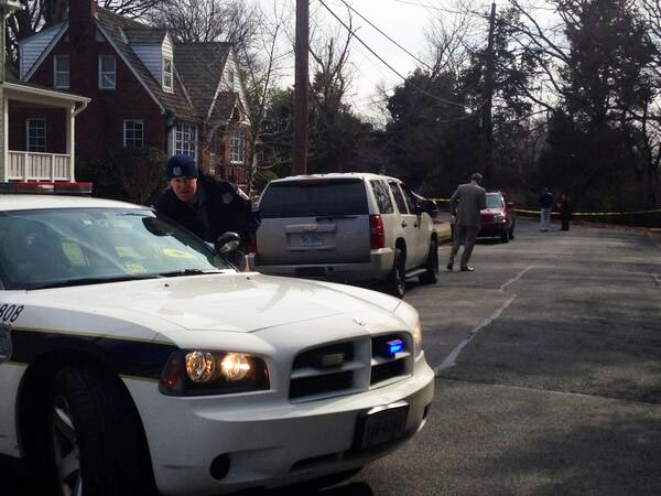 Woman shot in Alexandria home dies, manhunt continues