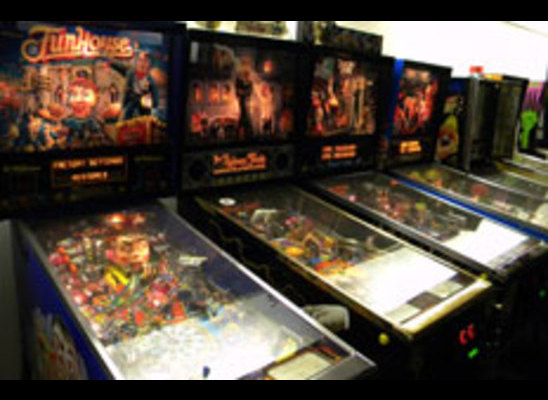 Treasury of pinball machines goes on the auction block