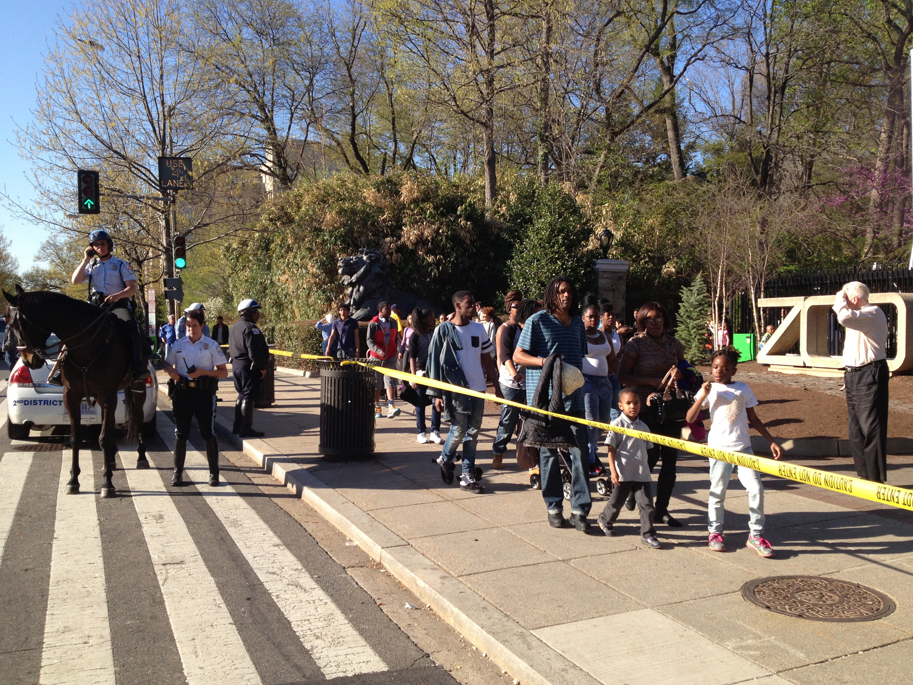 Police were tipped off about gang activity near National Zoo on day of shooting