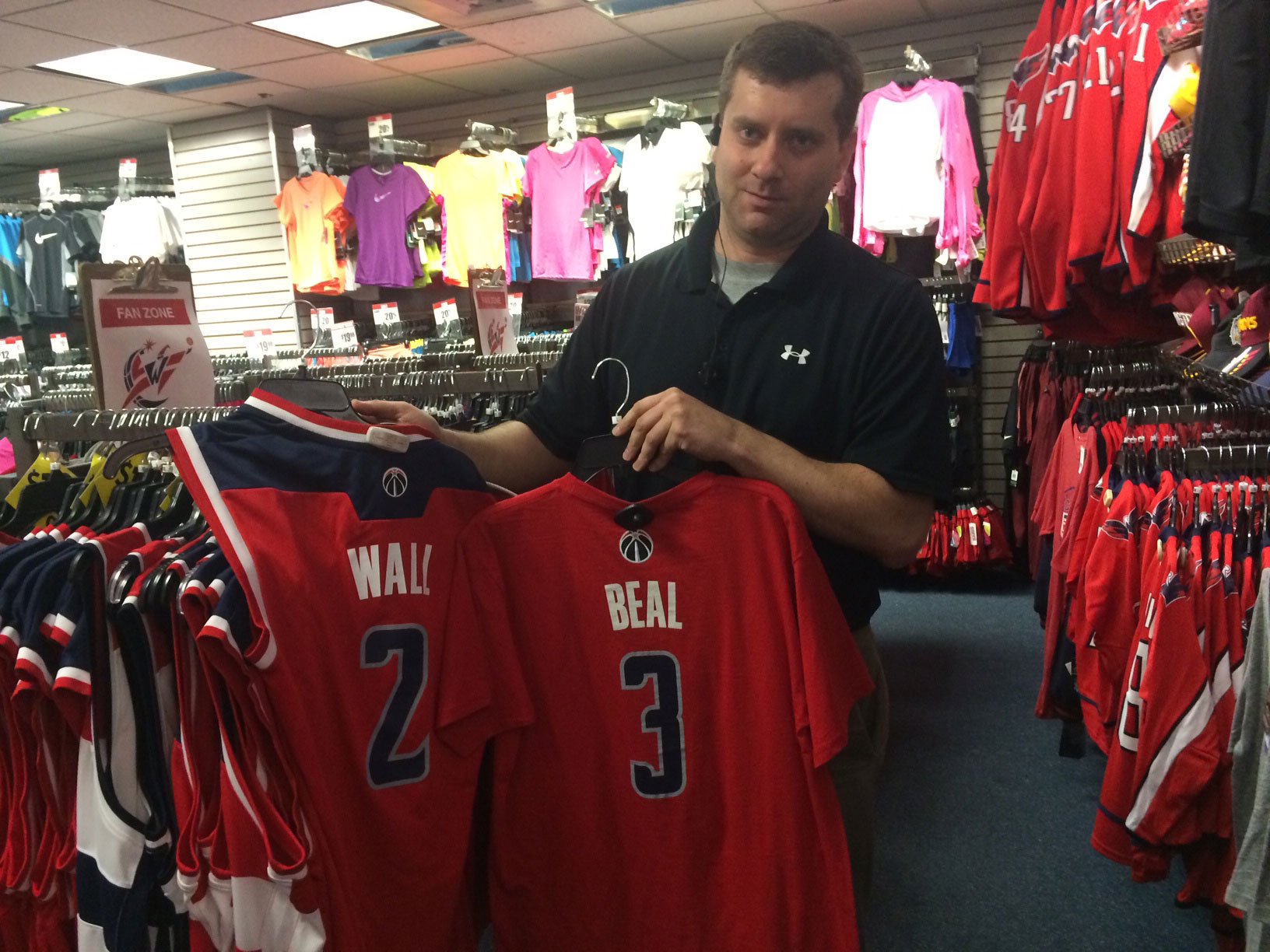 Sports gear stores cash in on Wizards' success