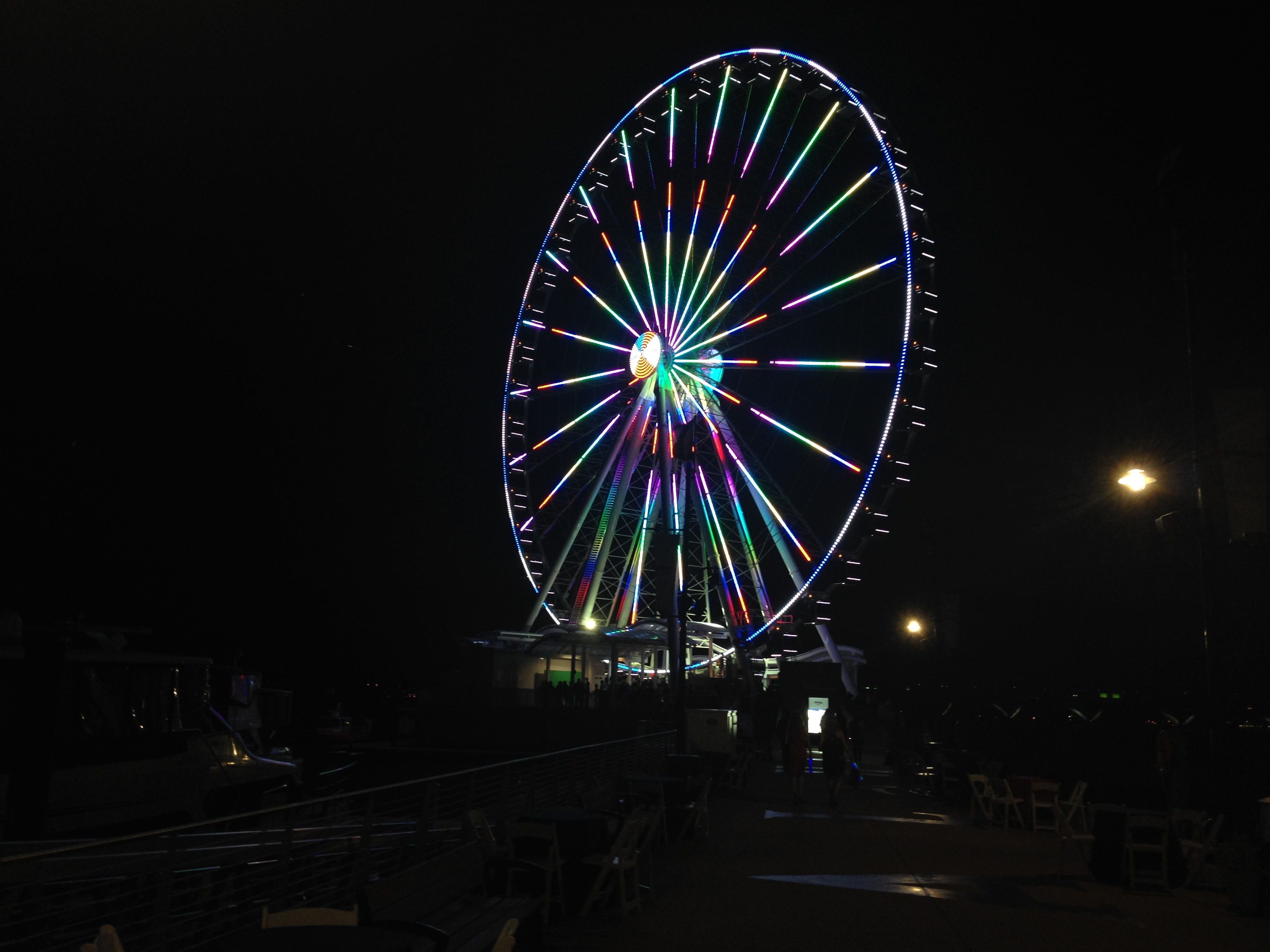National Harbor's Capital Wheel to change color with 2016 election results