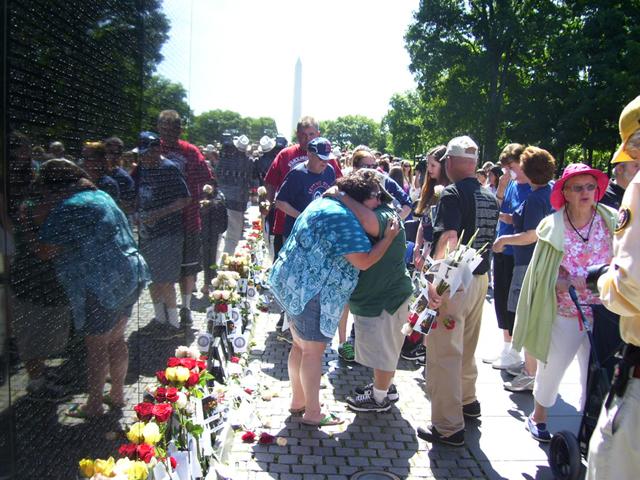 Father's Day condolences, remembrances at the Vietnam Veterans Memorial