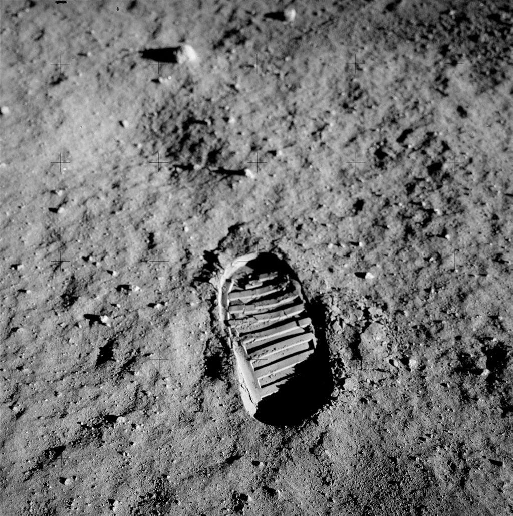Buzz Aldrin: U.S. isn't leader in space exploration