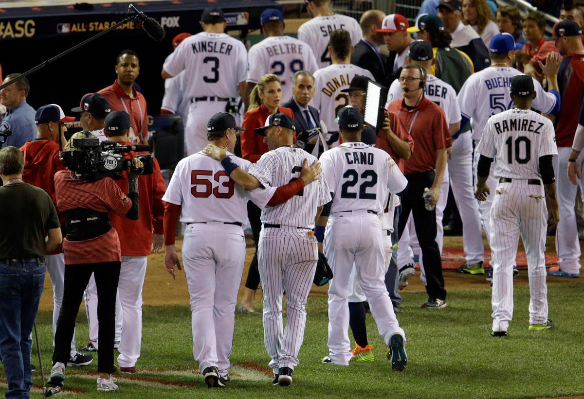 Column: FOX, MLB drop ball in snubbing Gwynn for Jeter
