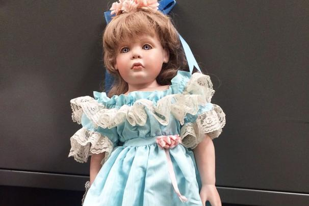 Creepy porcelain dolls placed at homes of girls they resemble
