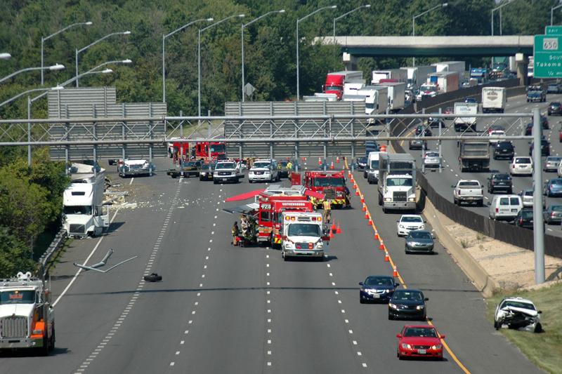 Beltway backups stretch 9 miles after tractor-trailer wreck