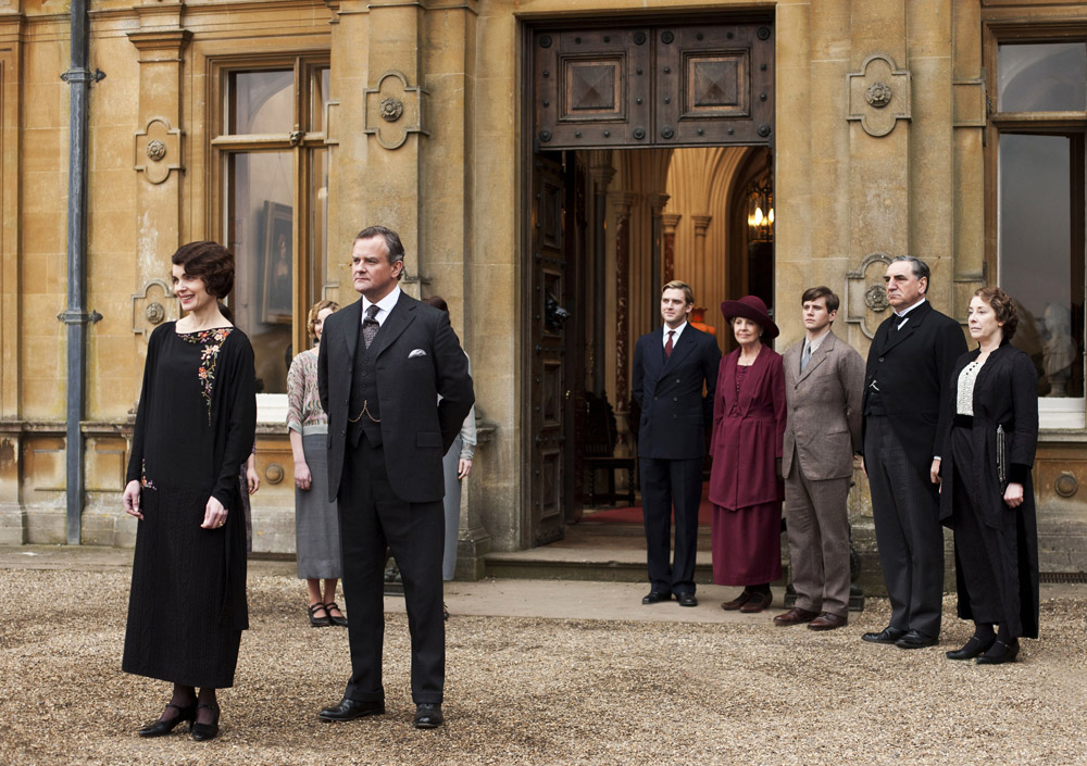 'Downton Abbey' fans can bid on visit of a lifetime